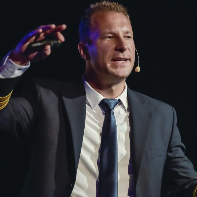 """Philip Keil - Seminar """"NASA Strategien für Führungskräfte"""""""